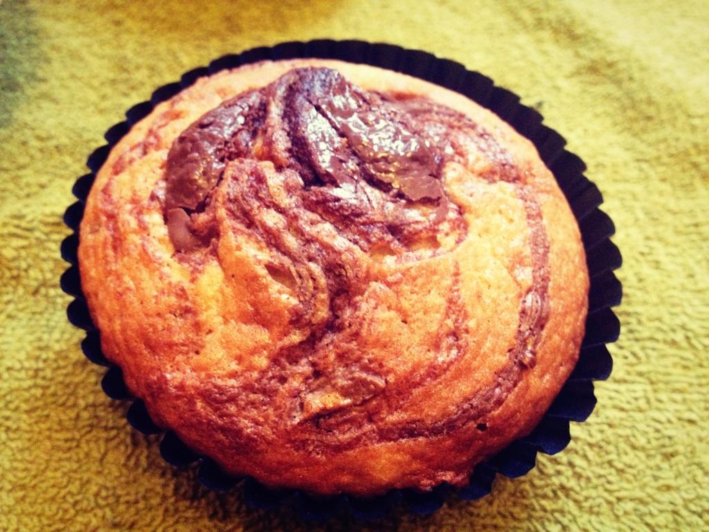 banana swirl malteser muffin