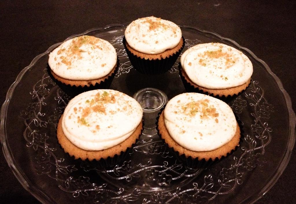 ginger nut cupcake