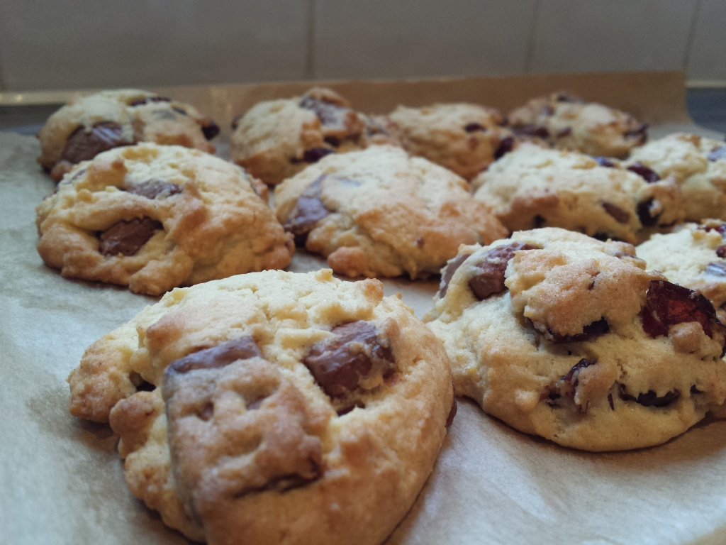 milk choc cranberry cookies
