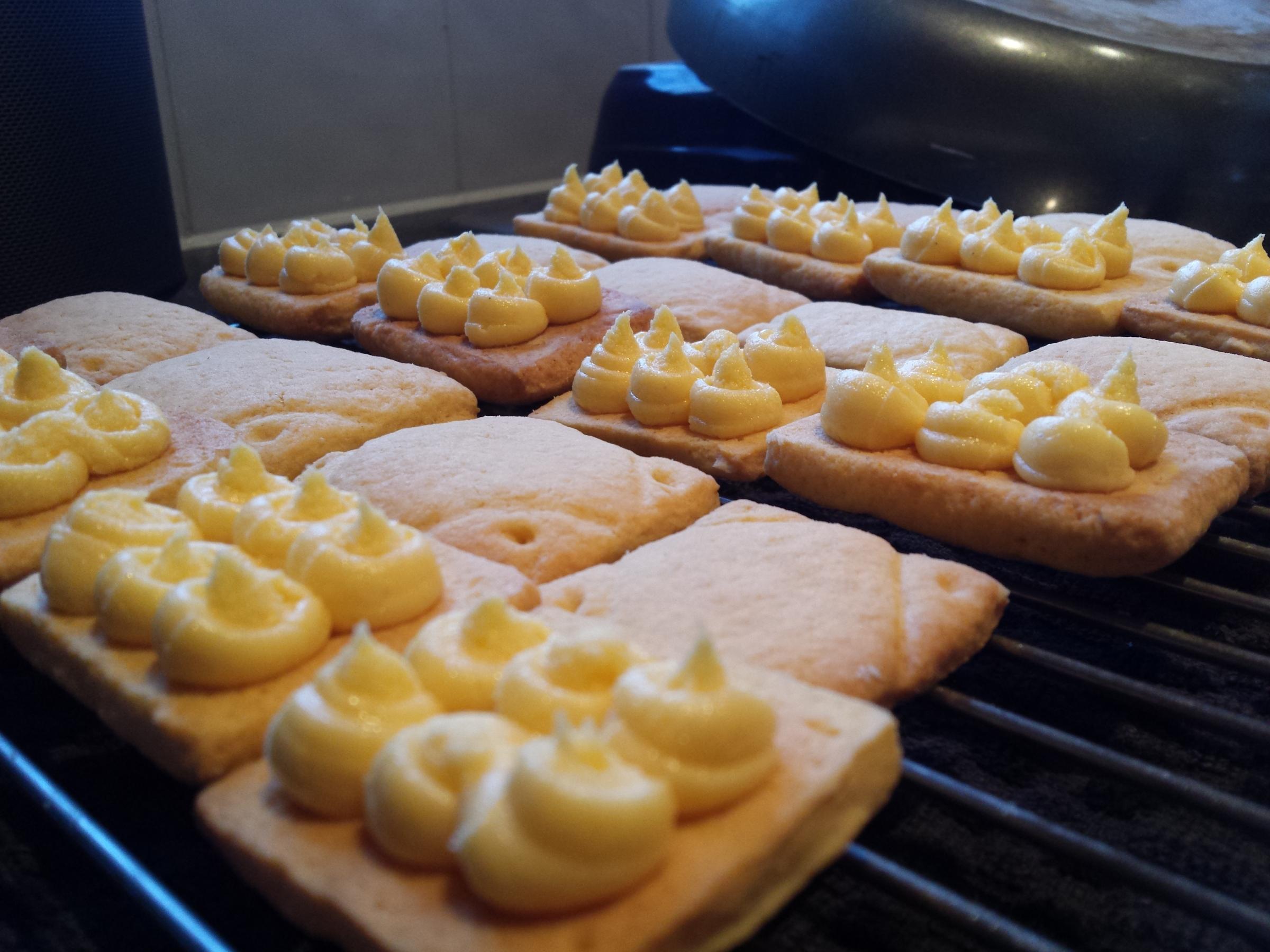 Homemade Custard Creams (3)
