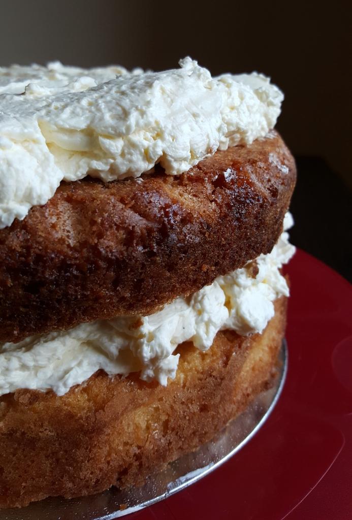 lemon drizzle cake 1