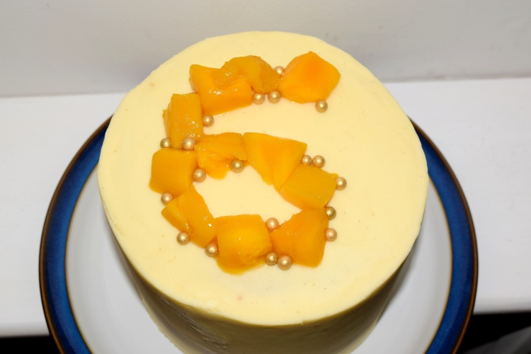 mango and passionfruit layer cake 3