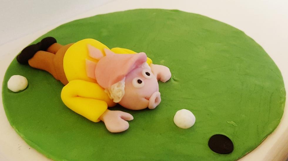 Golf Themed Retirement Cake