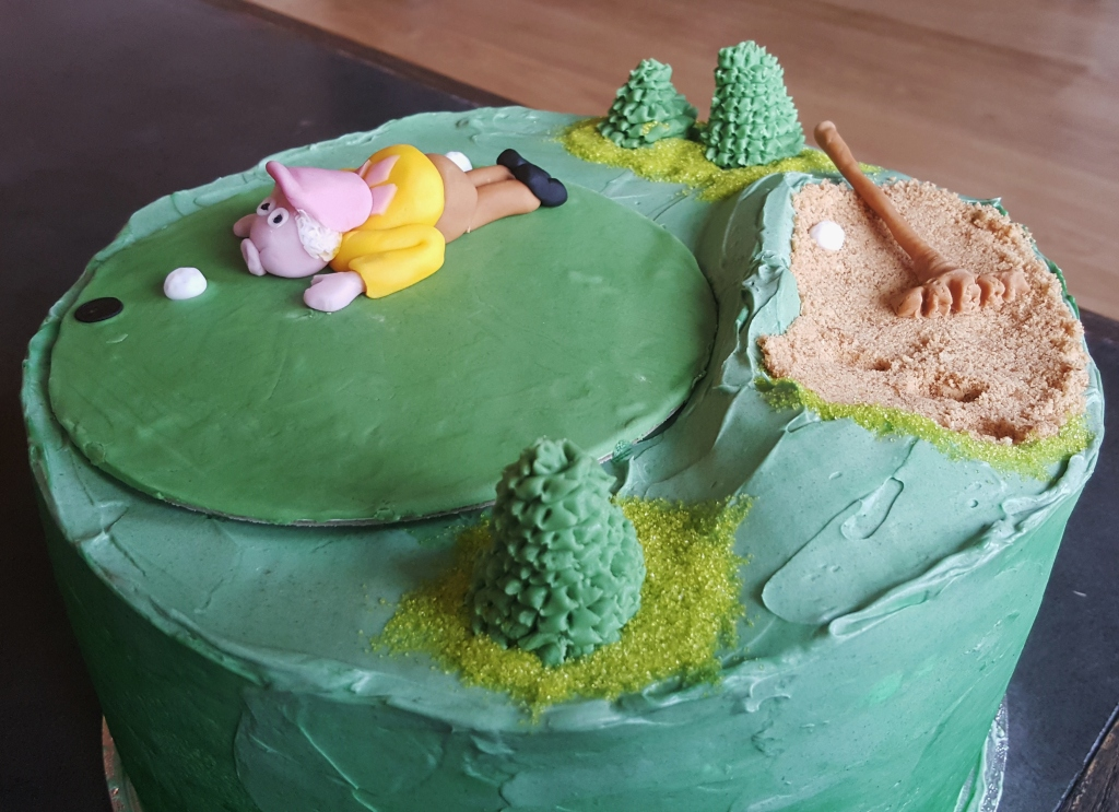 Golf Themed Retirement Cake