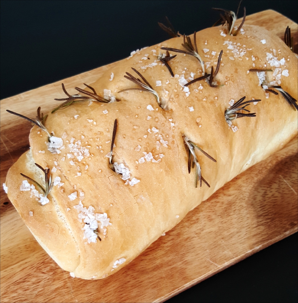 garlic_rosemary_loaf