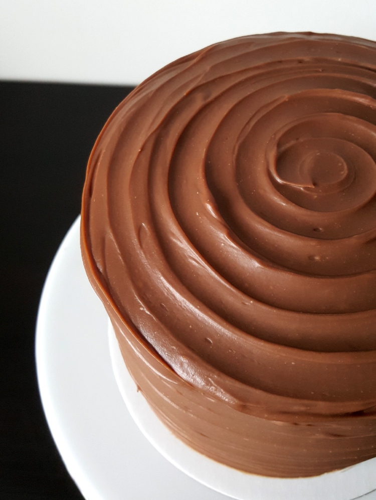 milk chocolate blackberry cake