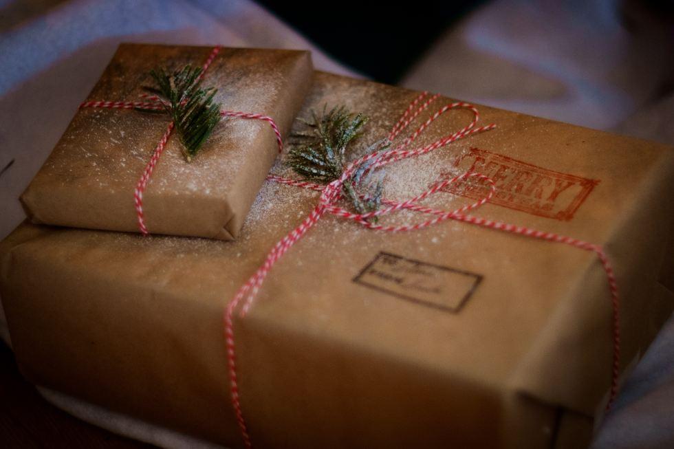 Christmas Gift Wrap Box - Bitesize Bakehouse